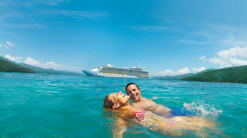 481x270-wonder-cruises-ship-couple.jpg